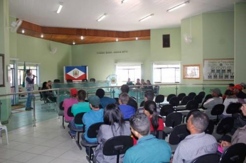 Palestra sobre a criação de Peixes e Alevinos foi realizada na Câmara de Barra da Estiva