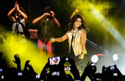 Dia do Evangélico terá show de Aline Barros em Guanambi