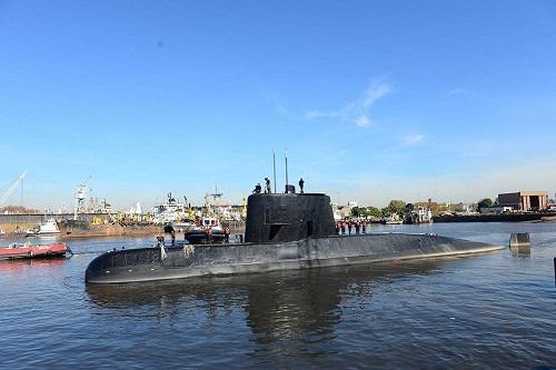 Marinha e FAB vão auxiliar em buscas por submarino argentino
