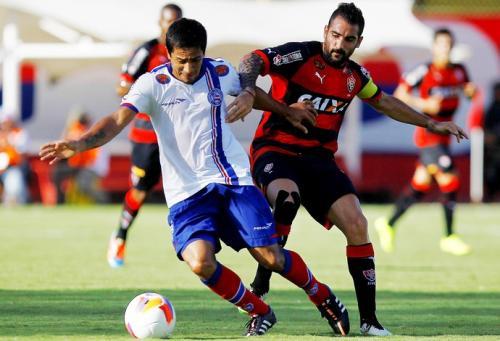 Com um a menos, Bahia busca empate em Ba-Vi acirrado