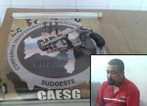 Homem é detido pela Caesg com revolver  Calibre 32 em Barra da Estiva