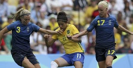 Brasil perde nos pênaltis para Suécia e fica fora da final do futebol feminino