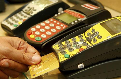 Novas regras para rotativo do cartão de crédito valem a partir desta 2ª