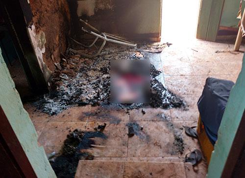 Na casa onde pai e filho foram mortos em Brumado ficaram as marcas da barbaridade feita pelos bandidos