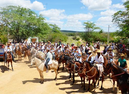 Foi realizada a 6ª cavalgada da Fazenda Lagoa das Cacimbas