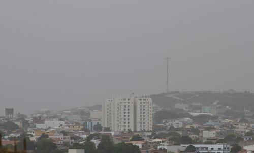 Começa chover na 'Capital do Minério