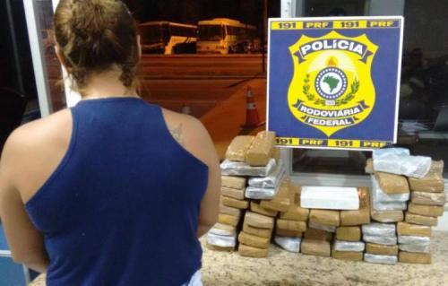 Mulher é presa com 37 kg de drogas em Vitória da Conquista