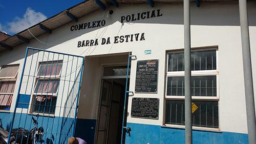 Preso por matar brumadense à facadas, homem é encontrado morto na delegacia de Barra da Estiva