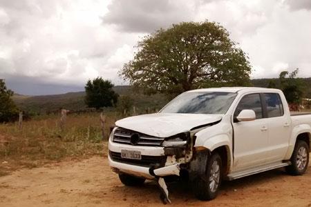 Colisão frontal entre Amarok e motocicleta deixa uma vítima fatal em paramirim