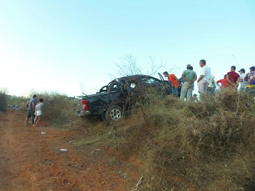 Ao retornar da Gruta empresário conquistense sofre grave acidente na BA - 142 e morre no local