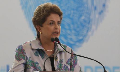 Dilma diz que sua campanha eleitoral não teve dinheiro de corrupção da Petrobras