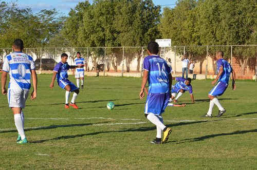 Malhada de Pedras e Aracatu avançam para as semi-finais nas liderlideranças de seus grupos
