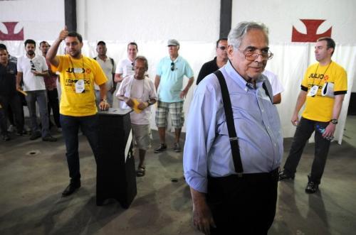 Chapa de Eurico vence eleição, e dirigente volta ao poder no Vasco