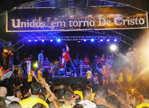 Hoje tem o maior evento gospel da região em Malhada de Pedras com a banda Som e Louvor