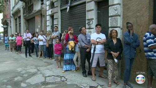 Prefeitura do Rio diz que estoque de vacina de febre amarela termina hoje