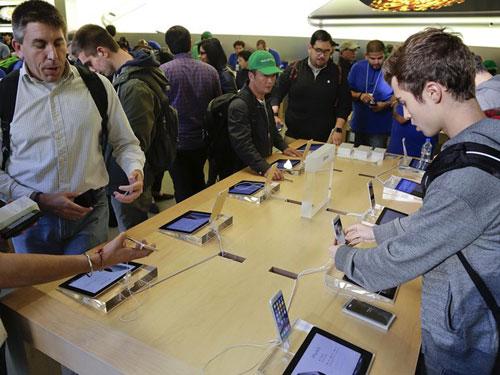 Apple pagará indenização a homem que teve fotos de lua de mel apagadas