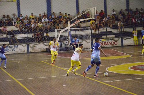 Juventude e Palmas de Monte Alto realizam jogo beneficente em prol da Caase em Brumado