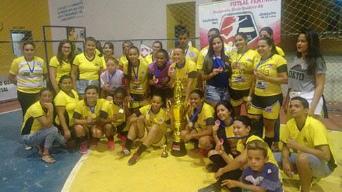 Time Renovação de Presidente Jânio Quadros sagra - se campeão da Copa Sudoeste de Futsal Feminino