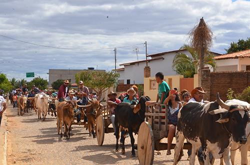 Cultura e Tradição encanta a todos no Primeiro Encontro de Carros de Boi em Guajeru