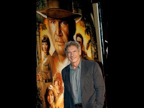 Novo 'Indiana Jones' estreia em 2019; Harrison Ford volta e Spielberg dirige