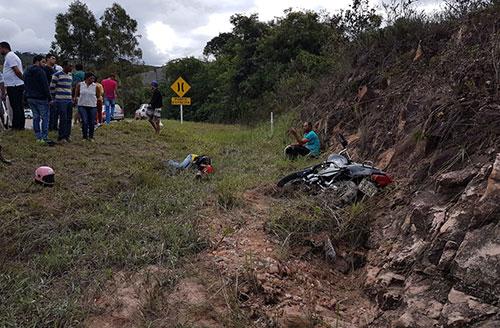 Chapada Diamantina: Acidente motociclístico deixa duas pessoas feridas em Ibicoara