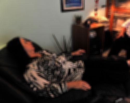 Mulher fica em transe com cheiro estranho e tem R$ 1.400,00 roubados em Brumado