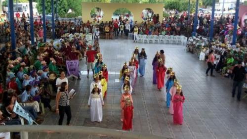 Ituaçuenses se encantaram com as apresentações de Ternos de Reis de várias localidades