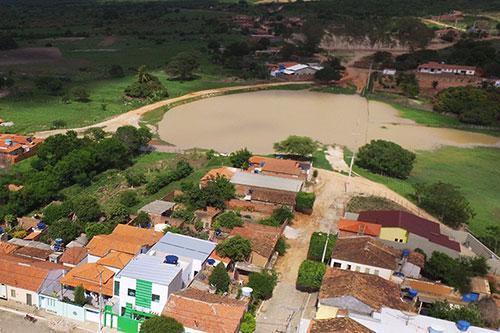 Prefeitura busca parceria com o Estado para construção da Praça da Lagoa