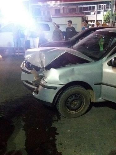 Após perder controle do carro motorista causa acidente em Livramento