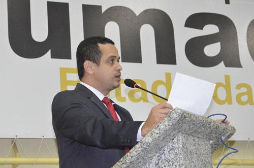 Weliton Lopes solicita que Registro de recém-nascidos seja emitido gratuitamente no Hospital Magalhães Neto