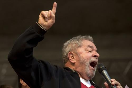 Deputados apresentam requerimento para convocar Lula na CPI da Petrobras