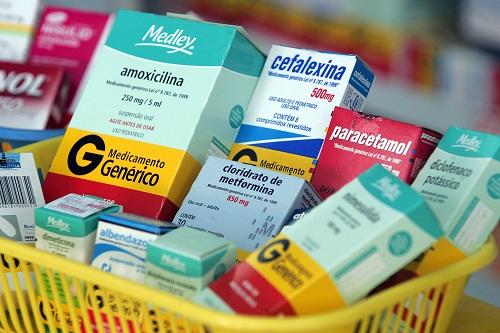 Alta de ICMS encarece medicamentos em 12 estados