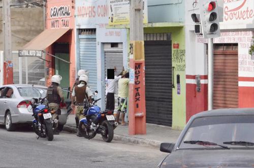 População se manifesta e exige mais policiais ao Governo do Estado através de Abaixo assinado