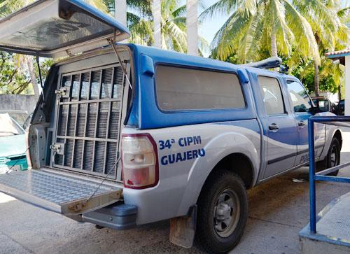 Após fazer 'arruaça' no centro de Guajeru jovem é preso com maconha e cocaína