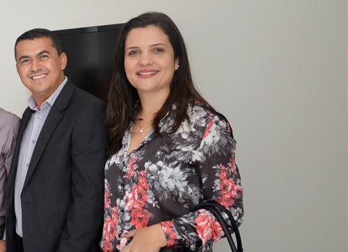 Prefeito de Guajeru tira a esposa do Cargo de Tesoureira e a coloca como Secretária de Administração