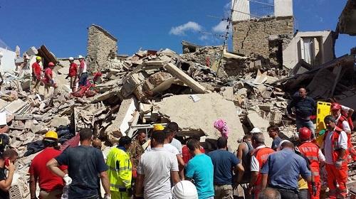Terremoto deixa mortos e feridos em ilhas gregas e na Turquia