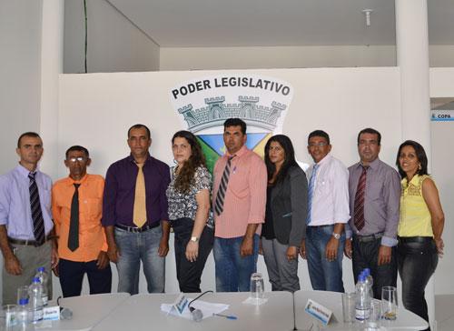 Com nova mesa diretora, Câmara de Vereadores de Guajerú inicia suas atividades com Sessão Solene