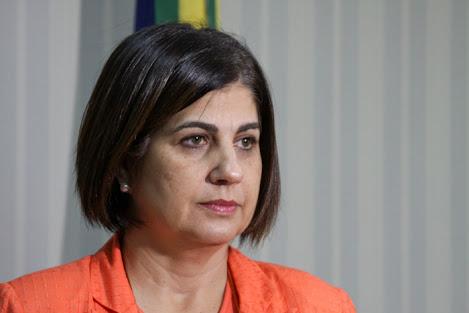 Rosinha e o vice de Campos, no RJ, têm direitos cassados por oito anos