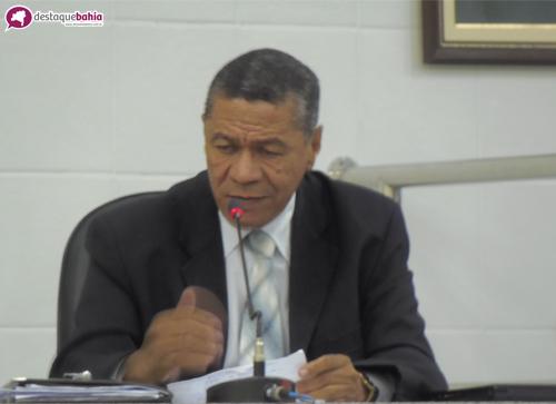 Zé Carlos Reis alega discriminação por parte do presidente da Câmara