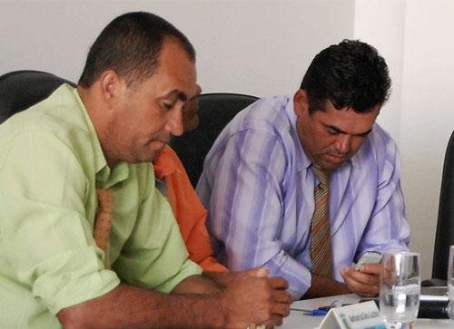 Oposição tenta impedir prefeito de tomar empréstimo, mas juiz nega liminar de suspensão