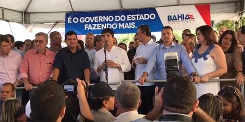 Vitor Bonfim é vaiado durante pronunciamento na cidade de Guanambi; veja o vídeo