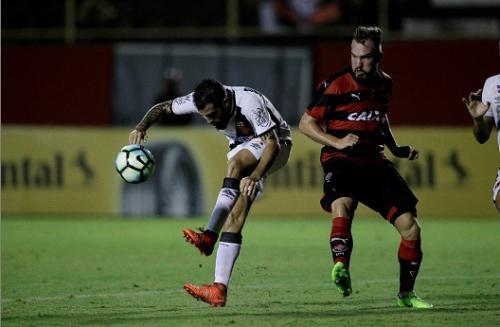 Vitória vence o Vasco na Toca e está classificado para a quarta fase da Copa do Brasil