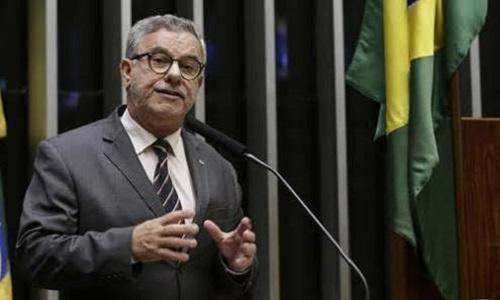Agentes comunitários de saúde e combate a endemias têm o apoio de Waldenor Pereira contra desmonte do governo Temer
