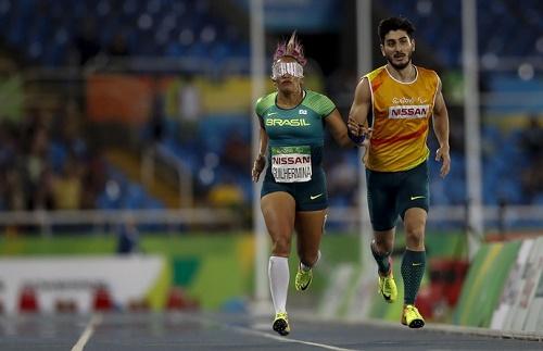 Terezinha avança nos 400m e segue em busca de medalha individual no Rio