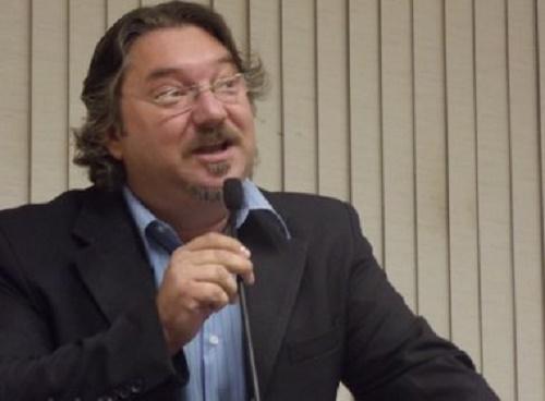 Luís Eduardo Magalhães: Vereador acusa prefeito de beneficiar empresa em licitações