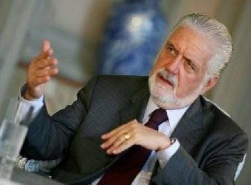 Wagner defende Dilma e diz que Cunha perdeu legitimidade como presidente da Câmara