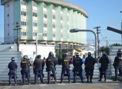 Feira: Obras do BRT voltam nesta segunda; Grupo acusa violência de guarda municipal